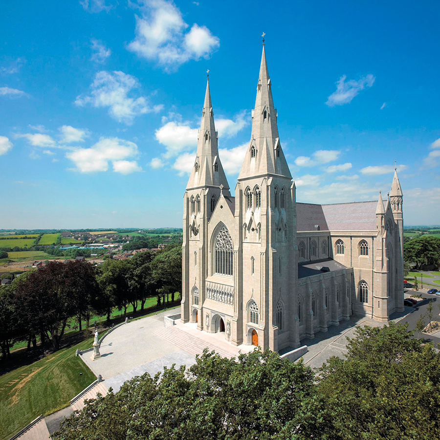 Photo of the St. Patricks Cathedral in Armagh