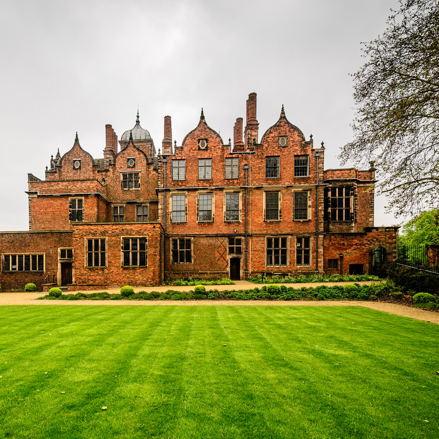 Photo of the Aston Hall in Birmingham